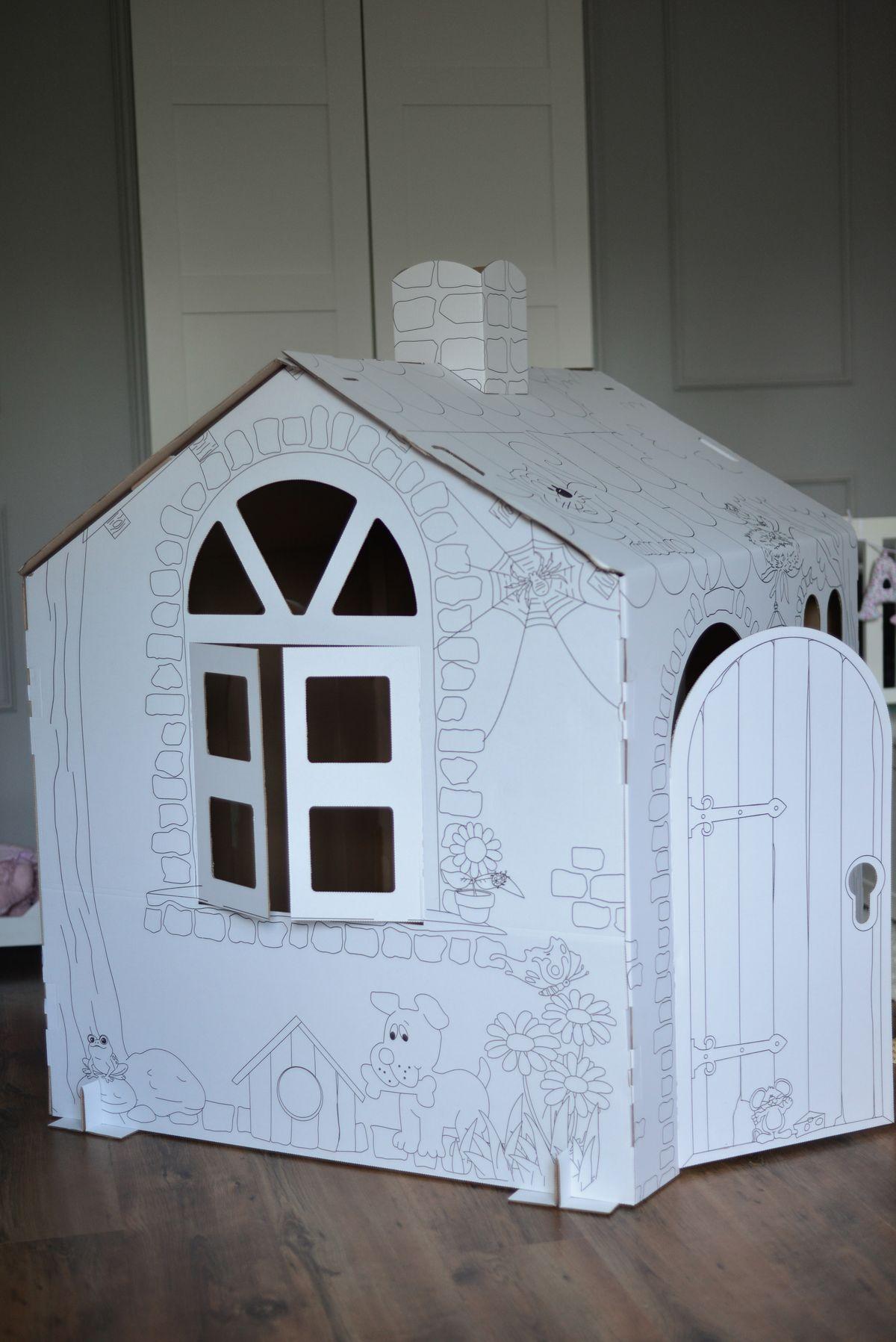 Domek z tektury